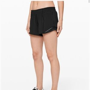 Lululemon Hotty Hot Short